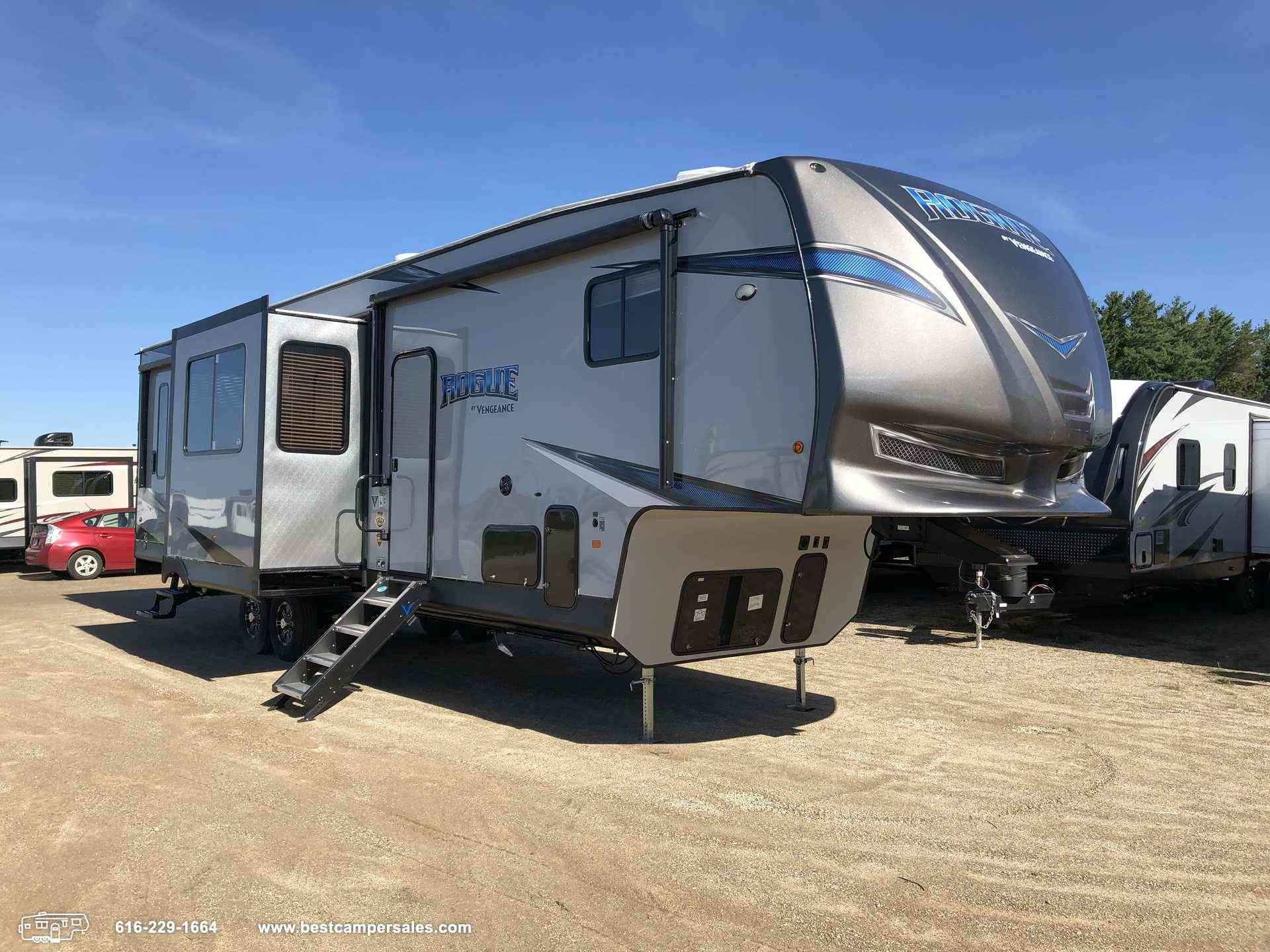 2019 Forest River Vengeance Rogue 324A13
